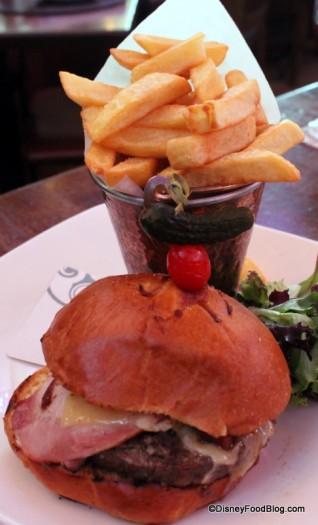 Fada Burger with Irish Bacon, Tomato Chutney, Dubliner Cheddar, and ...