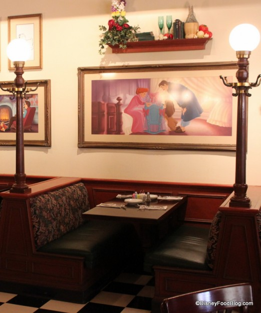 Dining Room Booth: Review: Tony's Town Square