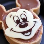 Review: Chocolate Mickey Tart at Jolly Holiday Bakery