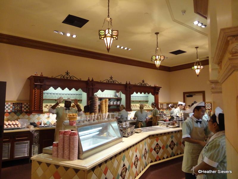 First Look Clarabelle S Ice Cream Opens In Disney