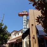 Dining in Disneyland: Fiddler, Fifer & Practical Cafe with Starbucks!