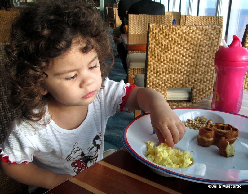Guest Review: Ten Tips For Disney Cruise Dining With A