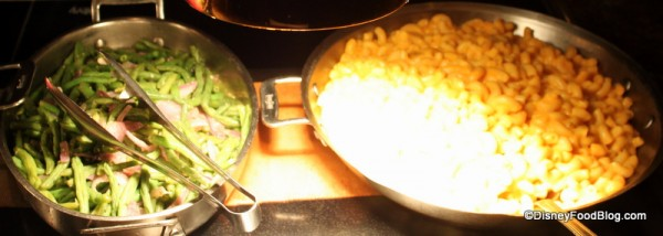 Sauteed Green Beans and Macaroni and Cheese