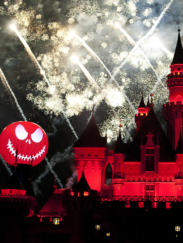 Halloween Party Throw Down: Disney World vs. Disneyland | the ...