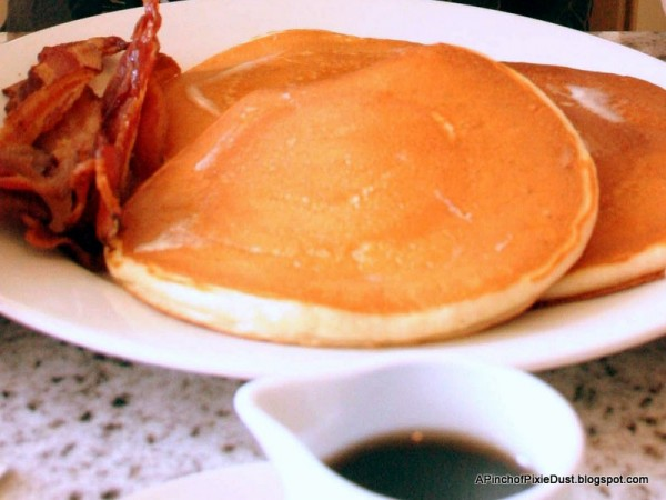 Guest Review: Grand Floridian Cafe Breakfast in Disney's ...