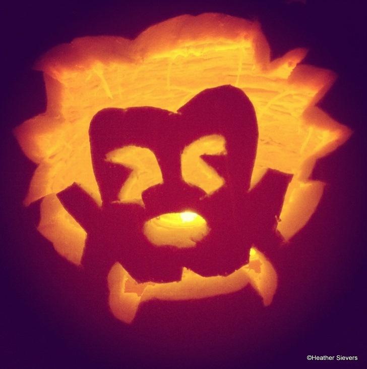 The Incredible Halloween Pumpkin Carvers Of Disneyland The Disney Food Blog