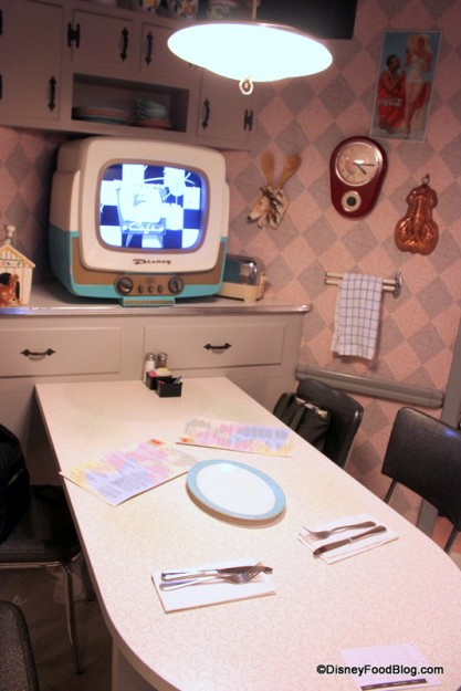 Don't forget to ask for a TV table on your visit to 50s Prime Time Cafe! And keep your elbows off the table...