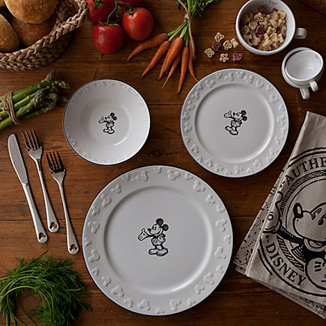 Mickey Dinnerware : disney dinner plates - pezcame.com