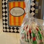 Dining in Disneyland: The Holiday Specialty Caramel Apple (A.K.A. the Peppermint Beast)