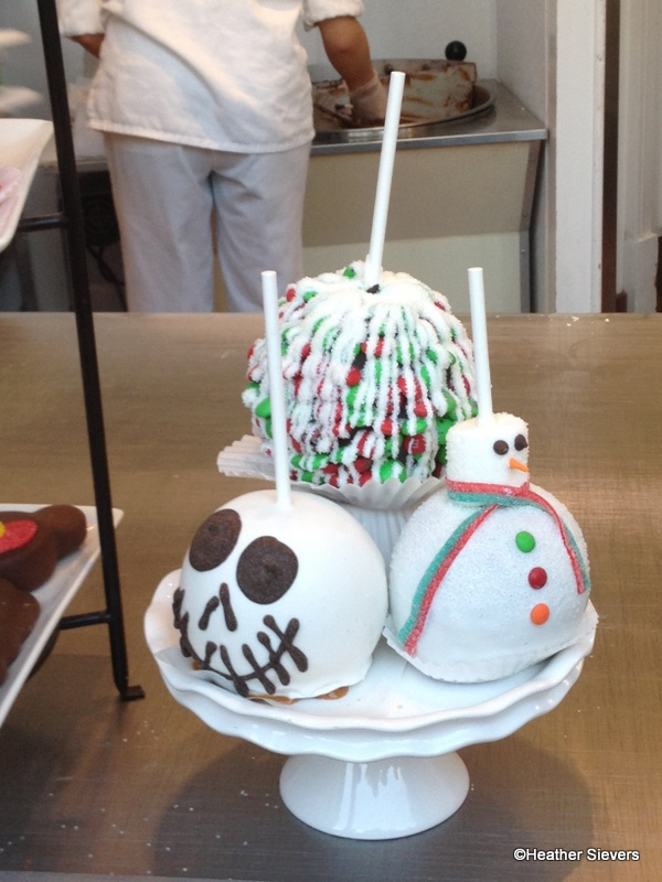 holiday caramel apples at marcelines - Christmas Candy Apples