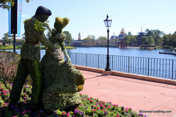 Cinderella Topiary at the Flower and Garden Festival