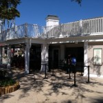 Guest Review: Photo Tour of NEW Hurricane Hanna's Waterside Bar and Grill at the Yacht and Beach Club Resort