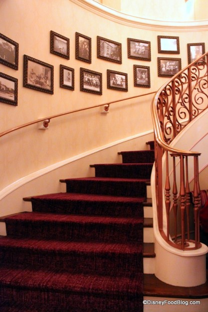 Staircase in lobby leading up to restaurant Monsieur Paul