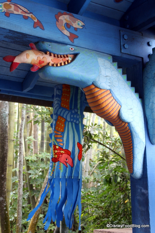 Review flame tree barbecue at disney s animal kingdom for Fish in a tree summary