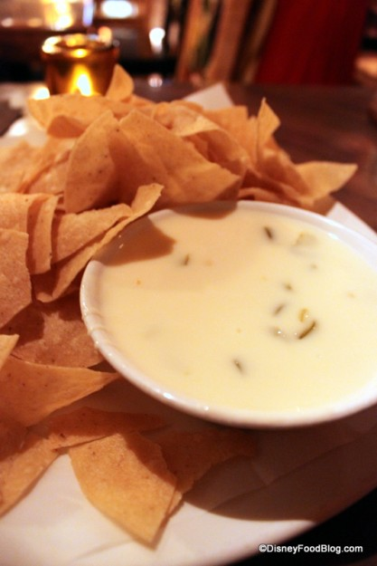 Chips and queso at Cava del Tequila