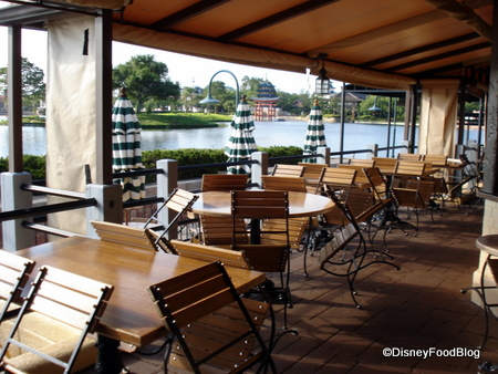 review: rose and crown pub and dining room in epcot's uk pavilion