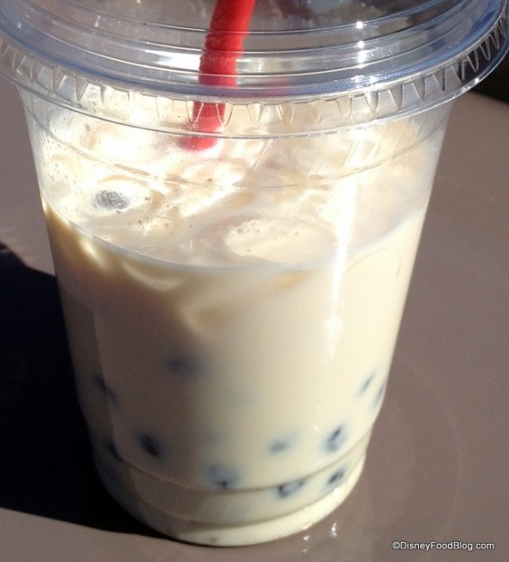 Peach- Oolong Bubble Tea -- comes much fuller than this, just drank a bit ;-)