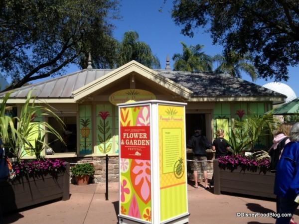 Pineapple Promenade Booth