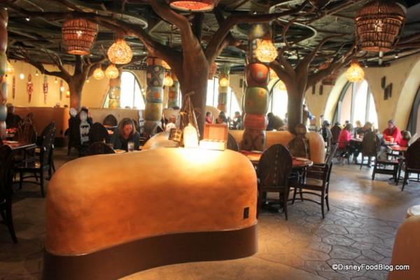 overview of restaurant Sanaa