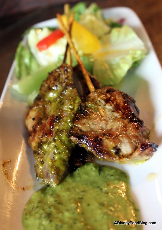 Review: The Tambu Lounge in Disney's Polynesian Resort   the disney ...