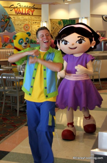 Review Hollywood and Vine Lunch at Disneys Hollywood Studios the