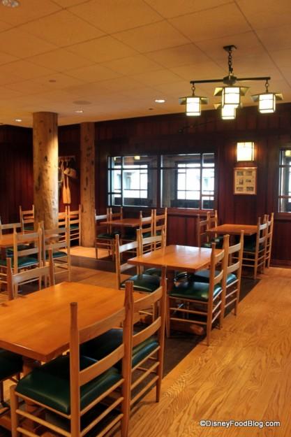 Roaring Fork indoor seating