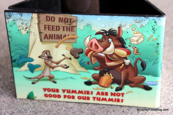 Do Not Feed the Animals reminder