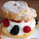 Snack Series: The Berry Cream Puff at Kringla Bakeri Og Kafe