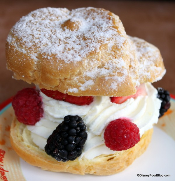 Kringla Cream Puff (it's better than it looks!!)