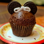 Guest Review: Minnie Mouse Cupcake at Captain Cook's Snack Company