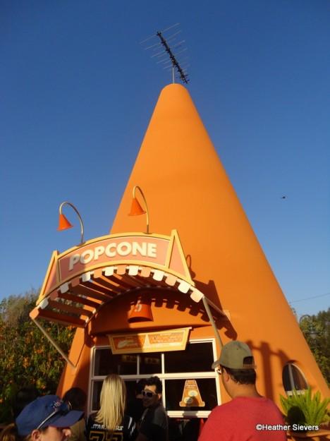 Popcone at Cozy Cone Motel