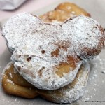 Review: Mickey Mouse Beignets at Disneyland's Mint Julep Bar