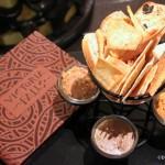 Review: Victoria Falls Lounge at Disney's Animal Kingdom Lodge
