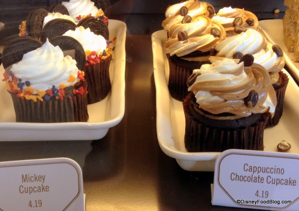 Disney cupcakes at Fountain View