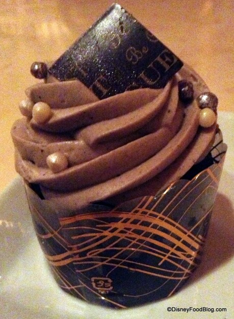 The Master's Cupcake -- aka the Gray Stuff Cupcake!