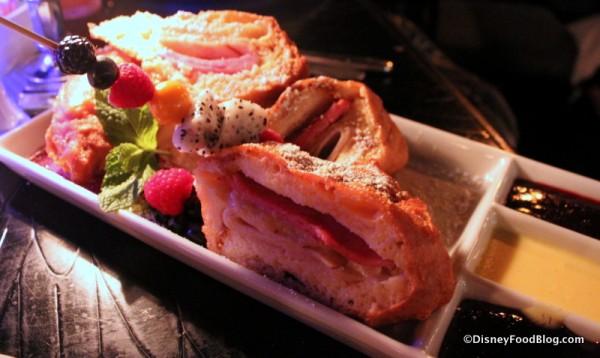 Review: Blue Bayou in Disneyland   the disney food blog