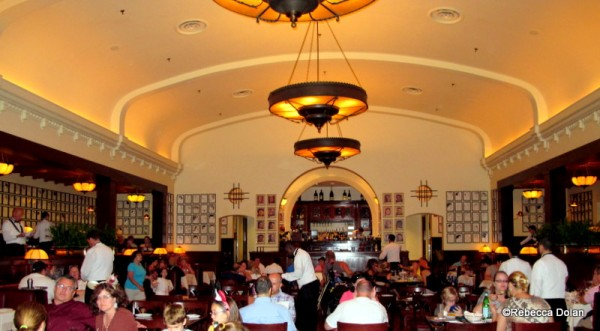Guest Review The Hollywood Brown Derby At Disney S