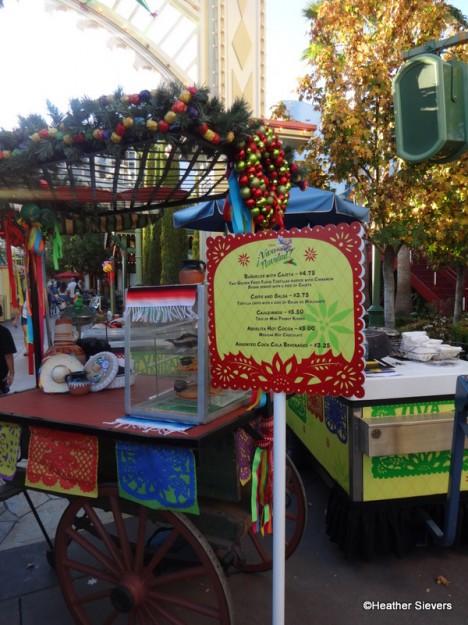 Viva Navidad Snack Cart