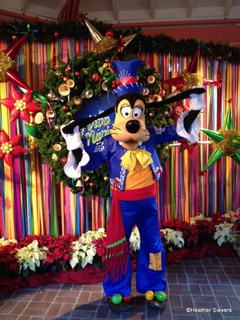 Viva Navidad Goofy