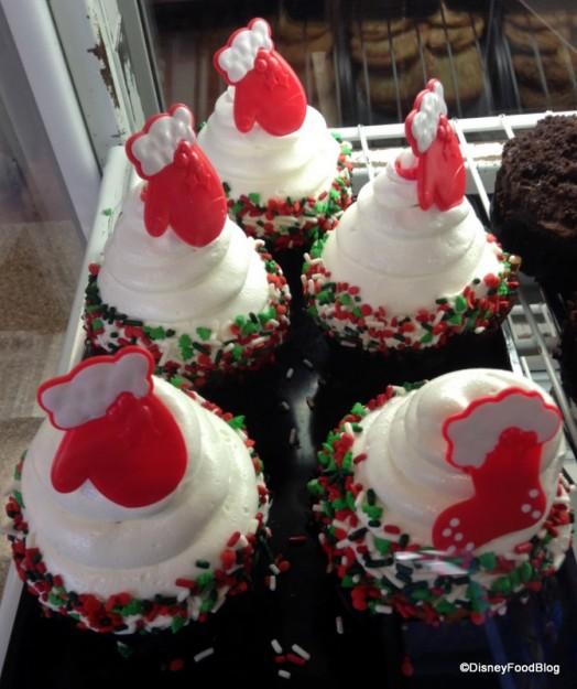 Food Challenge: The 2013 DFB Holiday Cupcake Crawl