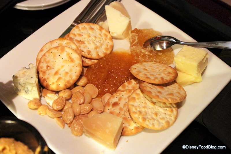 Review Top Of The World Lounge At Disney World S Bay Lake
