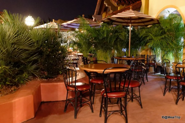 Outdoor tables and tables with umbrellas