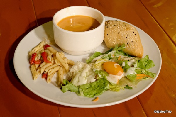Plated Salad and Chowder
