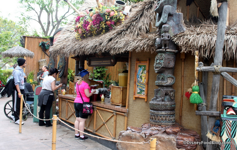 Review Tiki Juice Bar And Dole Whip In Disneyland