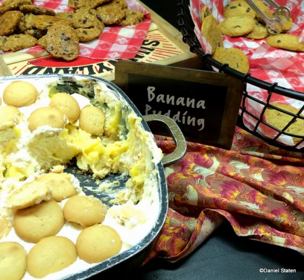 Banana Pudding and Cookies