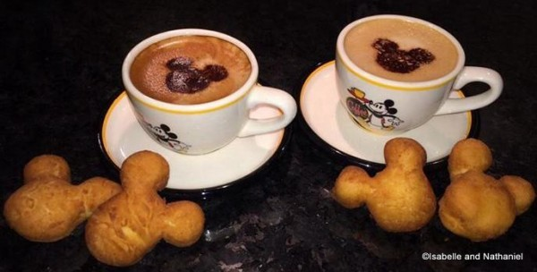 Mickey Shaped Goodies for Breakfast at Home!