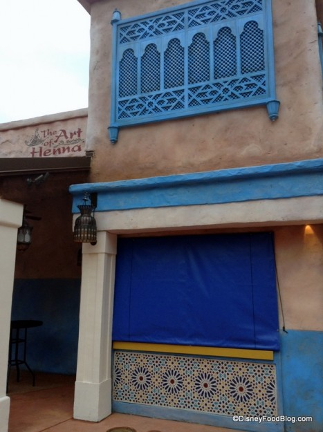 Henna Tattoo Location Next To Juice Bar