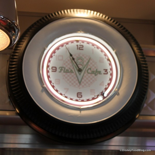 Cool White Wall Tire Clock