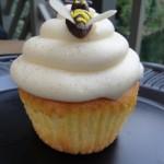 Disneyland Recipe: Lemon Bumblebee Cupcakes from the Hungry Bear Restaurant