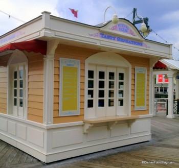 Tasty-Sensations-Boardwalk-Funnel-Cake-Stand-600x564